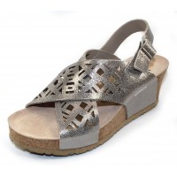 Mephisto Women's Lea In Silver Vernis Embossed Metallic Leather 19168