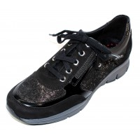 Mephisto Women's Ylona In Black Suede/Patent Leather/Embossed Suede 6900/28200/E9200