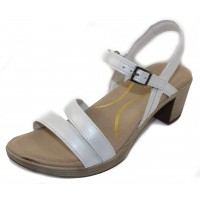 Naot Women's Bounty In White Pearlized Leather