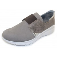 Naot Women's Intrepid In Grey Nubuck/Speckled Beige/Soft Silver Leather
