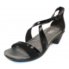 Naot Women's Onward In Black Luster Leather