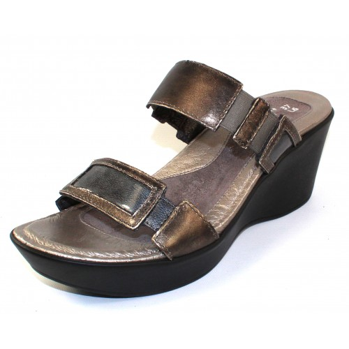 Naot Women's Treasure In Metal Leather/Grey Patent Leather