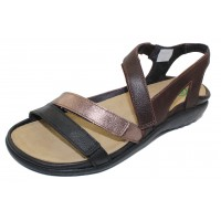 Naot Women's Whetu In Soft Black/Radiant Copper/Soft Brown Leather
