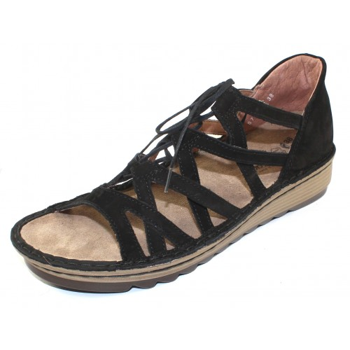 Naot Women's Yarrow In Black Velvet Nubuck