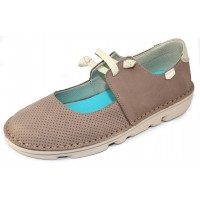 On Foot Women's 30100 In Taupe Suede