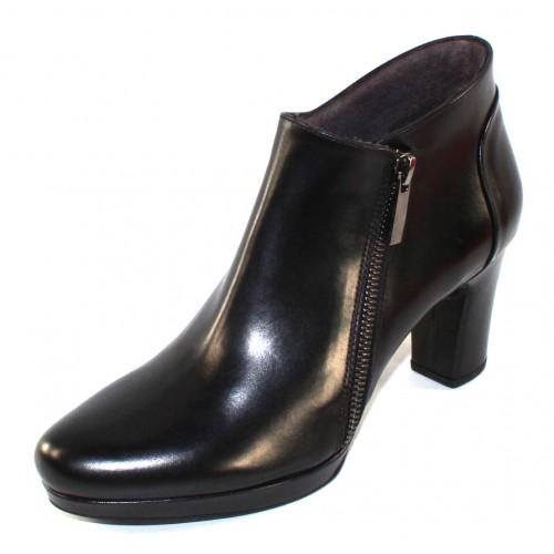 Pas De Rouge Women's Nicla R610 In Black Waterproof Idro Calf Leather