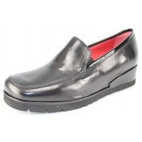 Pas De Rouge Women's Pitty 3222 In Black Nappa/Patent Leather