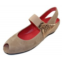 Pas De Rouge Women's Silvia R918 In Sahara Suede/Oro Gold Embossed Metallic Leather