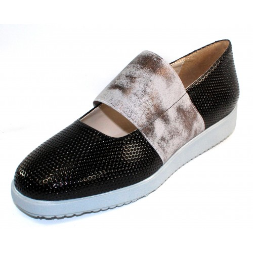 Rapisardi By Ron White Women's Lillian Perf In Black Weatherproof Synthetic/Pewter