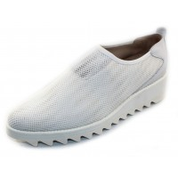 Right Bank Shoe Co Women's Goldi In White Tennis Mesh/Leather