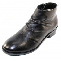 Salvia Women's Nevis In Black Buttersoft Nappa Leather