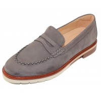 Samuel Hubbard Women's Tailored Traveler In Stone Gray Suede