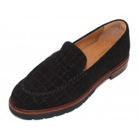 Samuel Hubbard Women's Tailored Traveler In Black Croco Embossed Suede