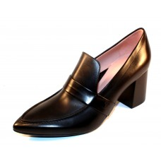 Taryn Rose Women's Marcella In Black Soft Calf Leather