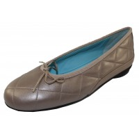 Thierry Rabotin Women's Genoa In Beige Taffeta Pearlized Leather