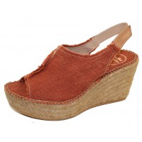 Toni Pons Women's Lugano In Brandy Fabric
