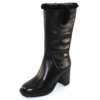 Valdini Women's Jara Waterproof In Black Calfskin Leather