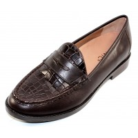 Vionic Women's Waverly Croc In Chocolate Croco Embossed Leather/Leather