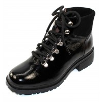 Wonders Women's C-4840 In Black Lack Crinkle Patent Leather