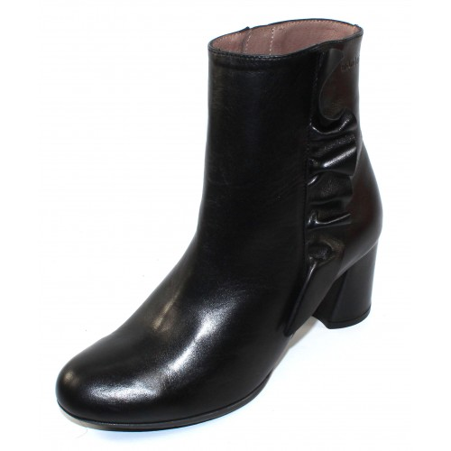 Wonders Women's I-6867 In Black Iseo Leather